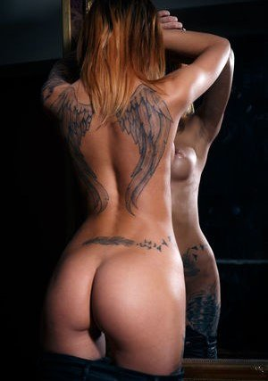Nude Inked Girls Pics